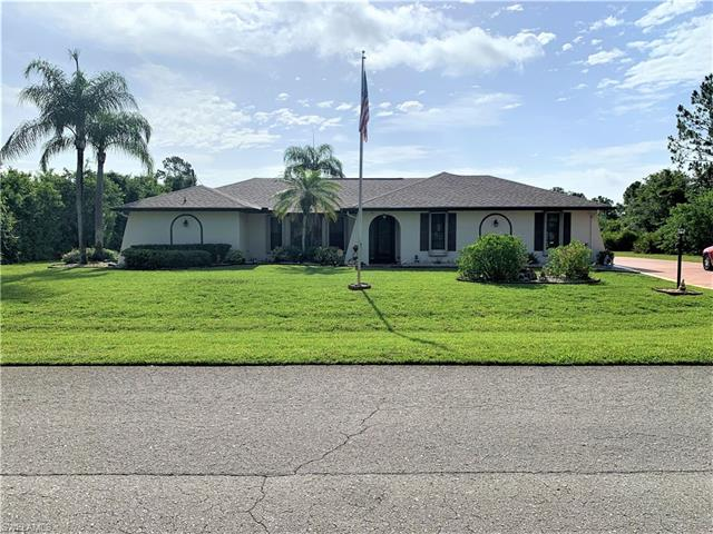 604 Clayton Ave, Lehigh Acres, FL 33972