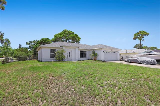 18582 Violet Rd, Fort Myers, FL 33967