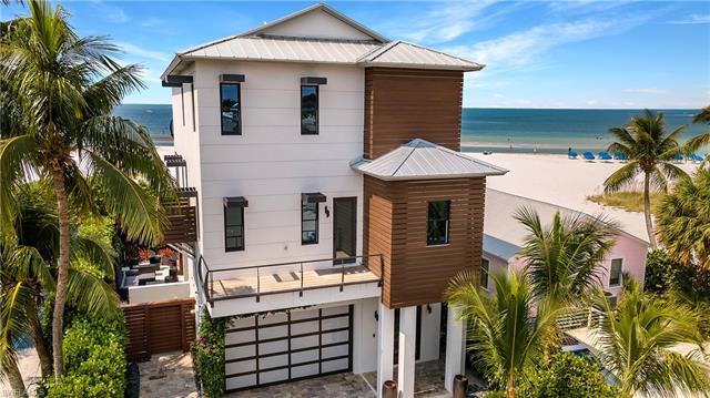 61 Delmar Ave, Fort Myers Beach, FL 33931