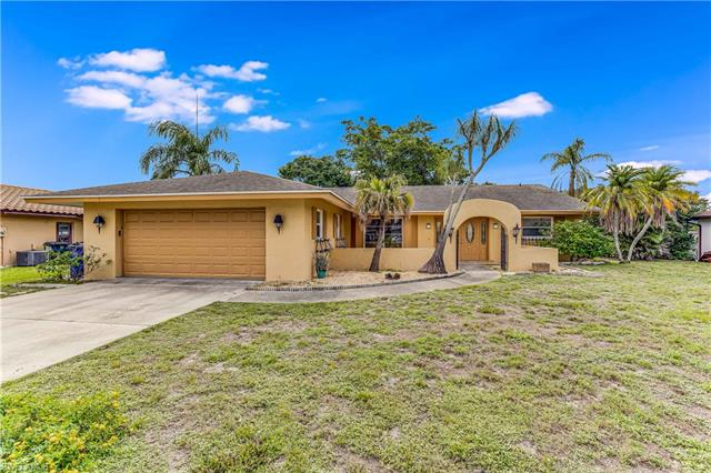 6994 Pickadilly Ct, Fort Myers, FL 33919