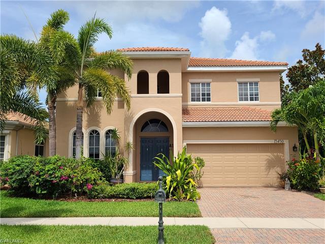 15450 Laguna Hills Dr, Fort Myers, FL 33908