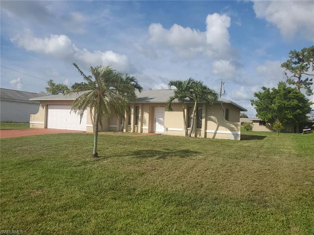 225 Ne 9th Ct, Cape Coral, FL 33909