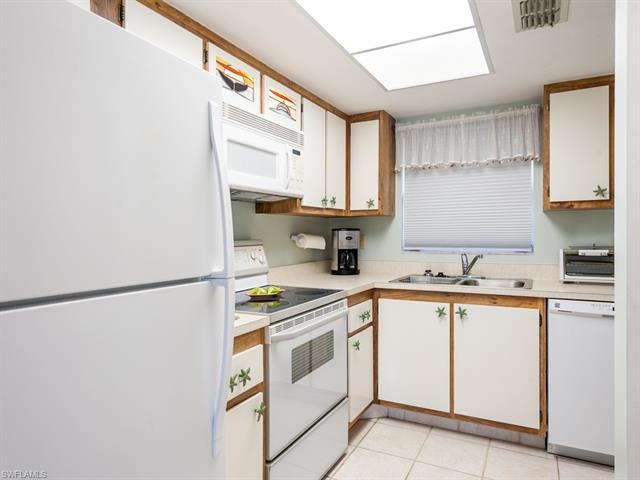 16881 Davis Rd 624, Fort Myers, FL 33908
