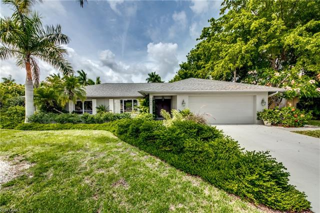 1026 S Town And River Dr, Fort Myers, FL 33919