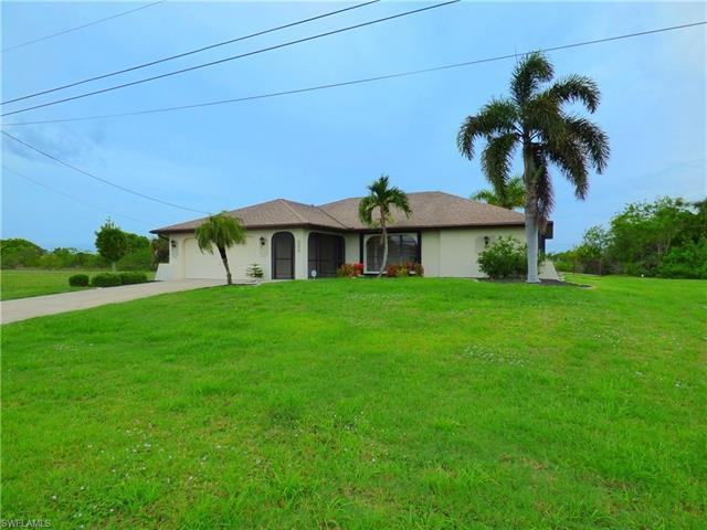 1418 Ne 1st Pl, Cape Coral, FL 33909