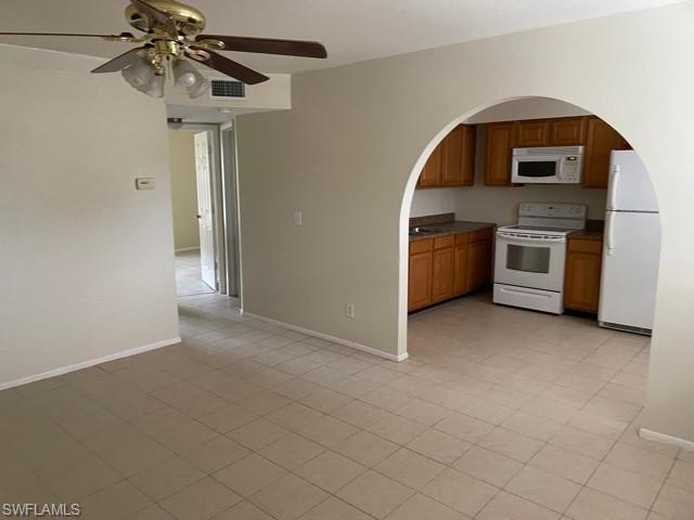 4777 Orange Grove Blvd 10, North Fort Myers, FL 33903