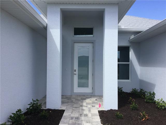 3222 Sw Santa Barbara Pl, Cape Coral, FL 33914