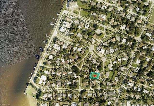 6012 Kenneth Rd, Fort Myers, FL 33919
