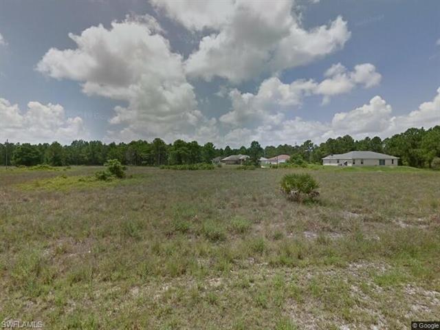 838 Newell St E, Lehigh Acres, FL 33974