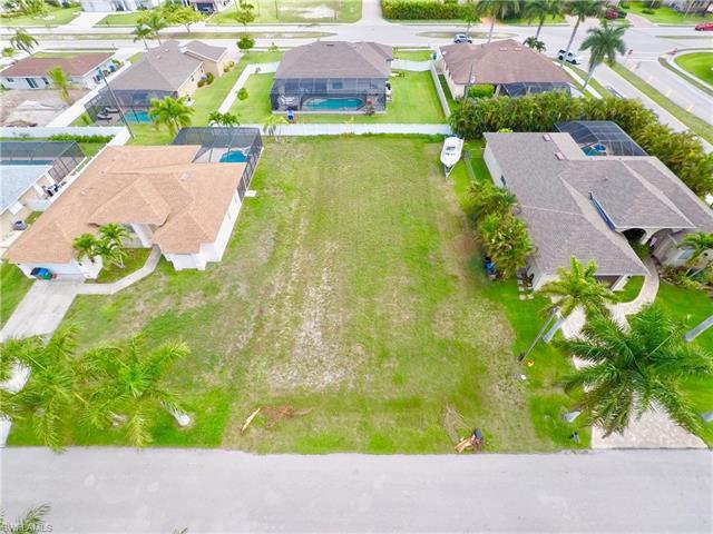 2739 Sw 42nd Ln, Cape Coral, FL 33914