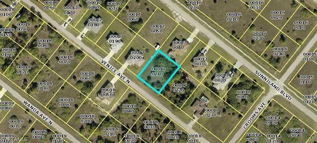2028 Venice Ave N, Lehigh Acres, FL 33971