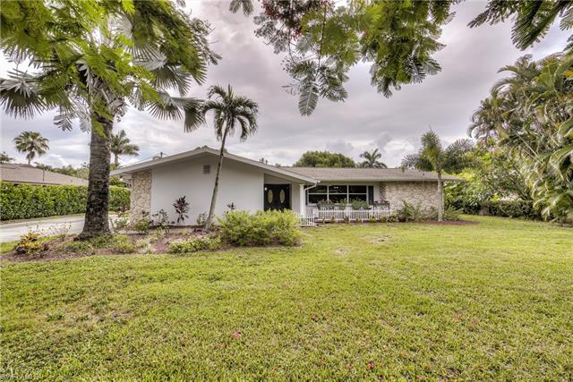 6519 E Town And River Rd, Fort Myers, FL 33919