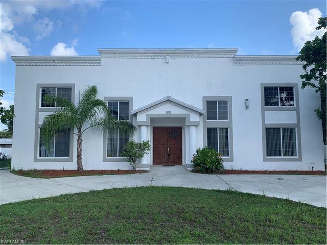 2324 Crystal Dr, Fort Myers, FL 33907