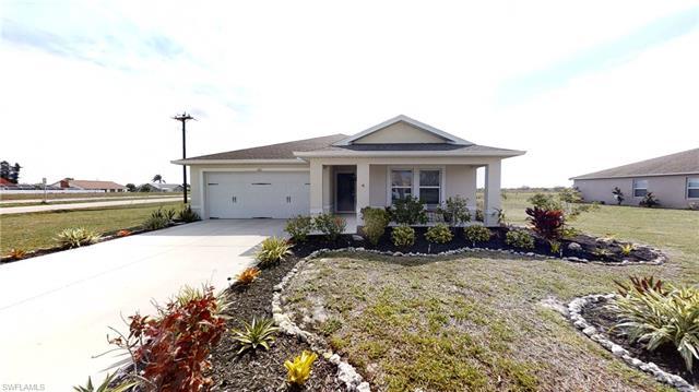 261 Richmond Ave S, Lehigh Acres, FL 33936
