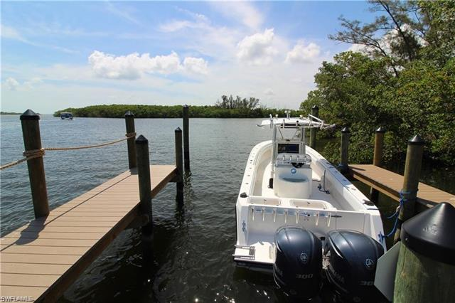 Island, Fort Myers Beach, FL 33931