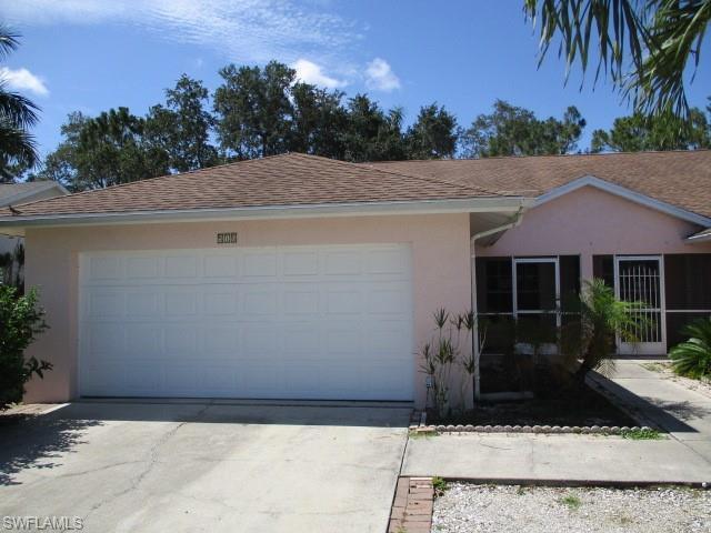 518 Saint Andrews Blvd 17, Naples, FL 34113