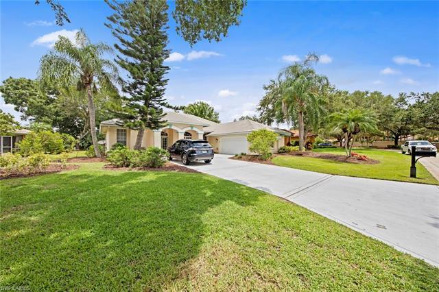 11401 Bent Pine Dr, Fort Myers, FL 33913