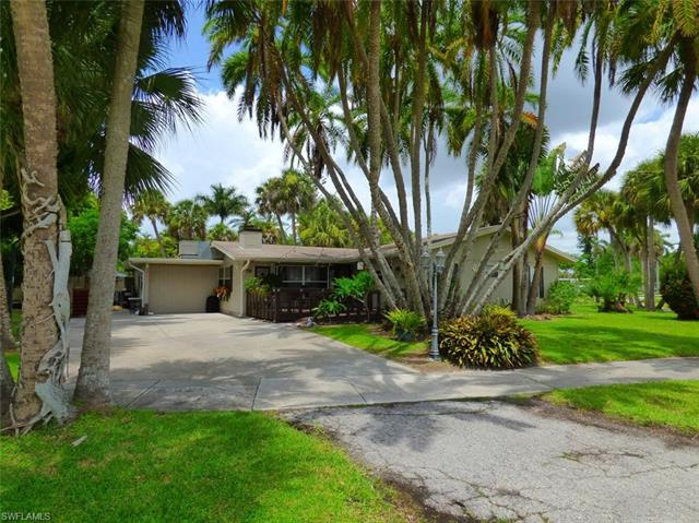 6002 Kenneth Rd, Fort Myers, FL 33919