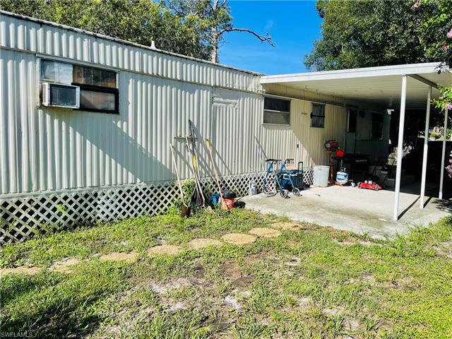 27907 Downs Dr, Bonita Springs, FL 34135