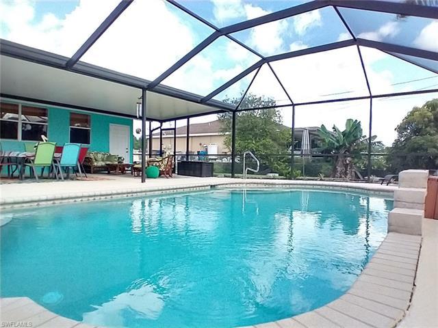 100 Douglas Ave N, Lehigh Acres, FL 33971