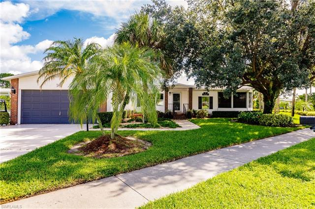 10042 Pine Lakes Blvd, North Fort Myers, FL 33903