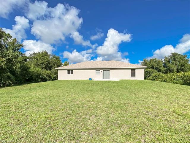 506 Henry Ave, Lehigh Acres, FL 33972