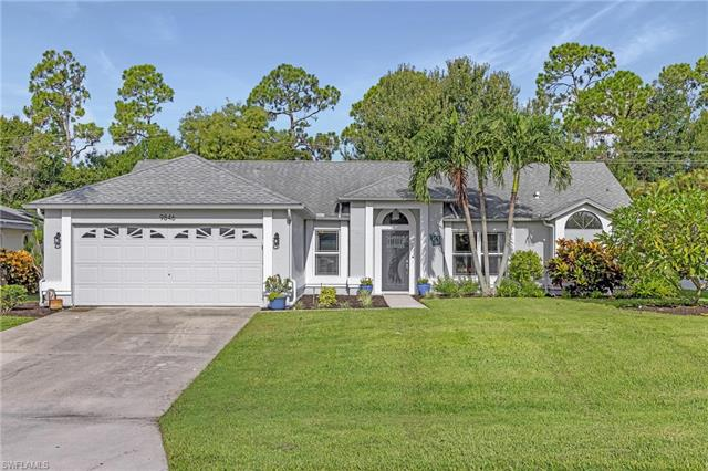 9846 Country Oaks Dr, Fort Myers, FL 33967