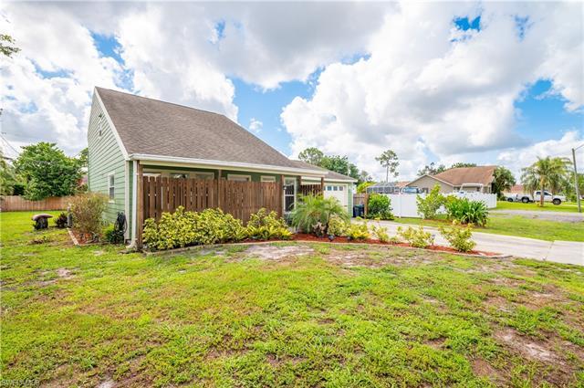 17381 Georgia Rd, Fort Myers, FL 33967