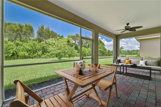 3152 Royal Gardens Ave, Fort Myers, FL 33916