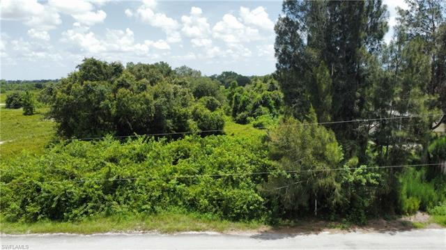 1412 Scott Ave, Lehigh Acres, FL 33972