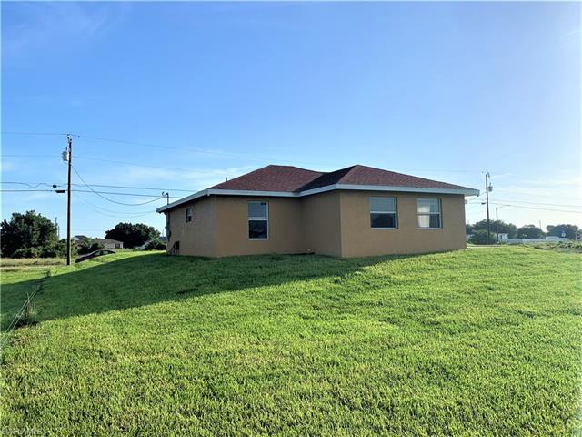 4105 20th St Sw, Lehigh Acres, FL 33976