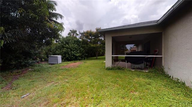 1320 Sw 27th Ter, Cape Coral, FL 33914