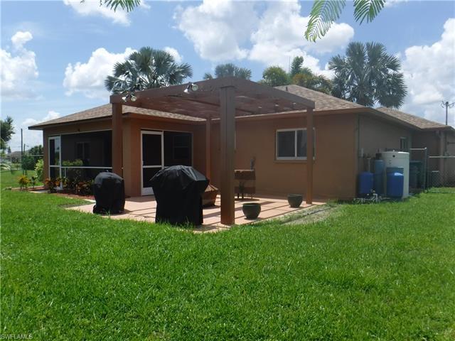 1209 Ne 12th St, Cape Coral, FL 33909