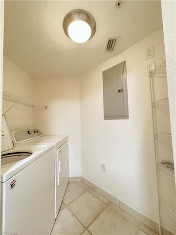 4113 Residence Dr 201, Fort Myers, FL 33901
