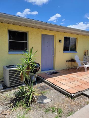 1205 Se 10th Ave A-c, Cape Coral, FL 33990
