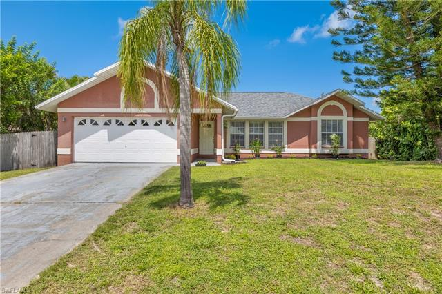 18372 Heather Rd, Fort Myers, FL 33967