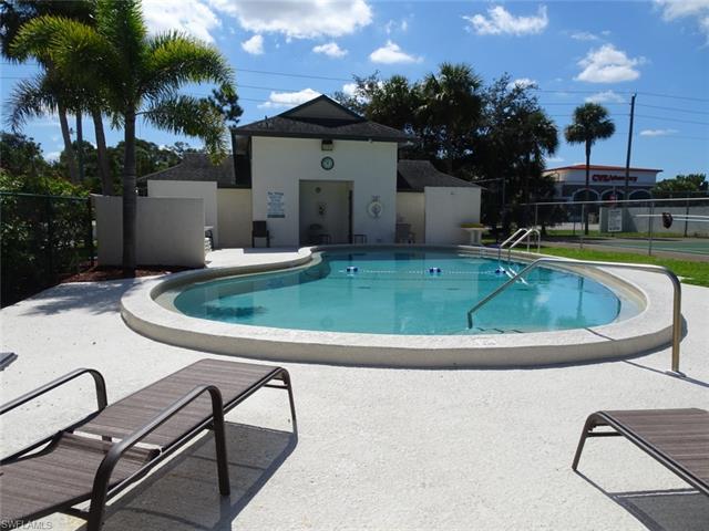 2131 Crystal Dr 25, Fort Myers, FL 33907