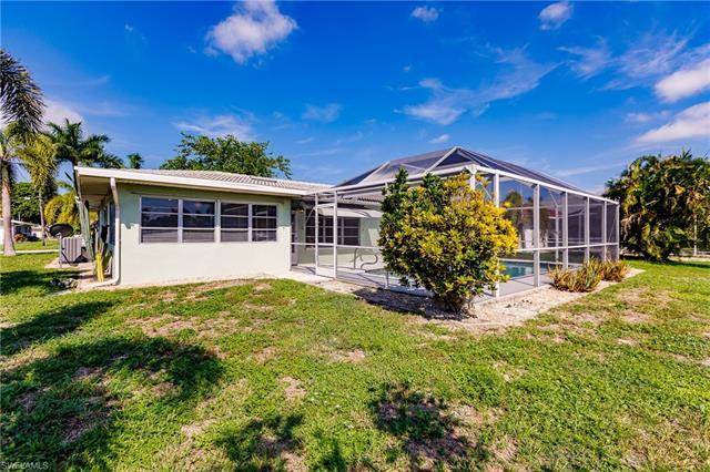 5235 Tamiami Ct, Cape Coral, FL 33904