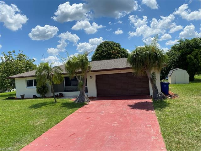 214 Daleview Ave, Lehigh Acres, FL 33936