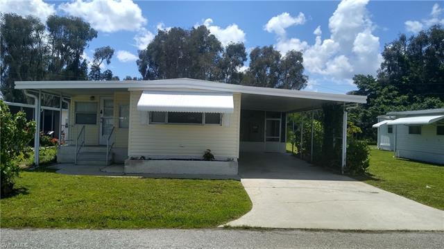 2727 Breezewood Dr, North Fort Myers, FL 33917