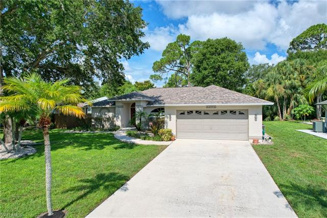 13771 Willow Bridge Dr, North Fort Myers, FL 33903