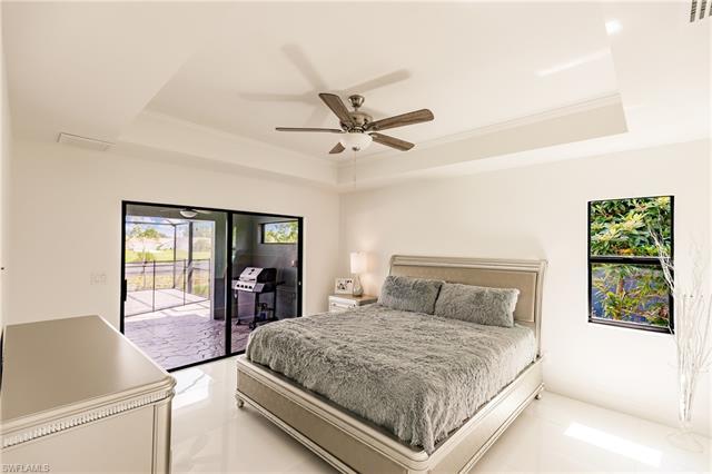 1507 Ne 2nd St, Cape Coral, FL 33909