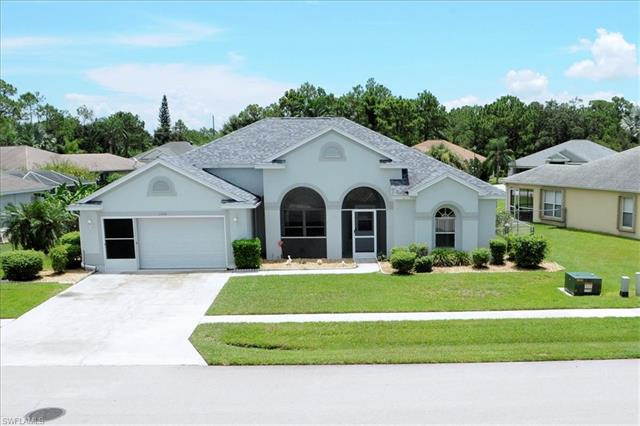 1510 Honor Ct, Lehigh Acres, FL 33971