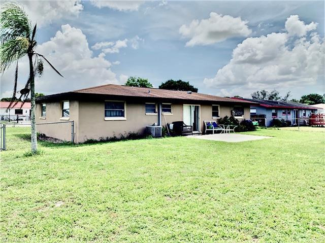 37 Skipton Cir, Fort Myers, FL 33905