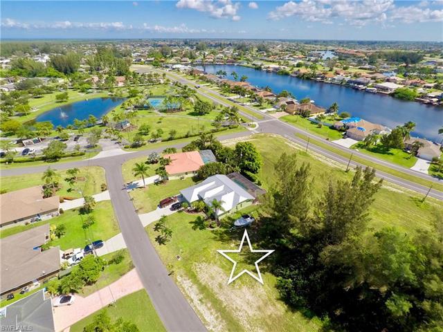 3425 Sw 7th Ln, Cape Coral, FL 33991