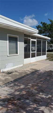 10363 Kentucky St, Bonita Springs, FL 34135