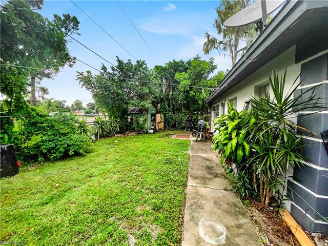 5540/5542 Tenth Ave, Fort Myers, FL 33907