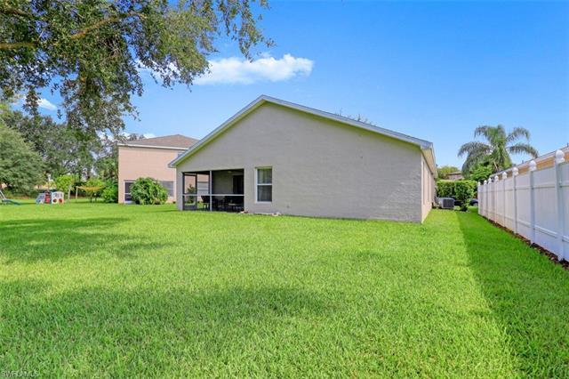 11386 Lake Cypress Loop, Fort Myers, FL 33913