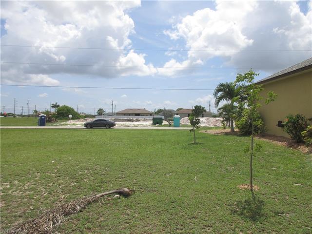 2308 Nw 9th Ave, Cape Coral, FL 33993