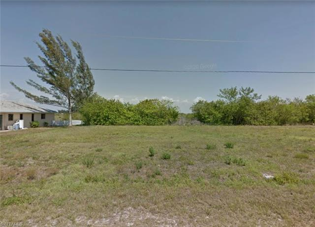 825 Nw 33rd Pl, Cape Coral, FL 33993